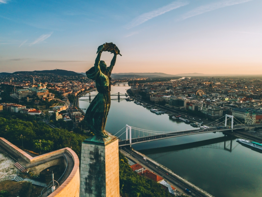 Budapest_Sunrise-2017
